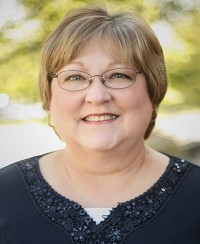 Linda Mason : Assistant Director